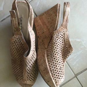 Vaneli Elisha Natural Cork Heels